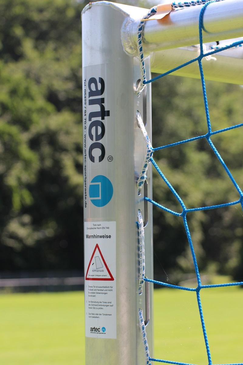 Fußballtor Profil eingefräste Netzaufhängung - Technik für Profis