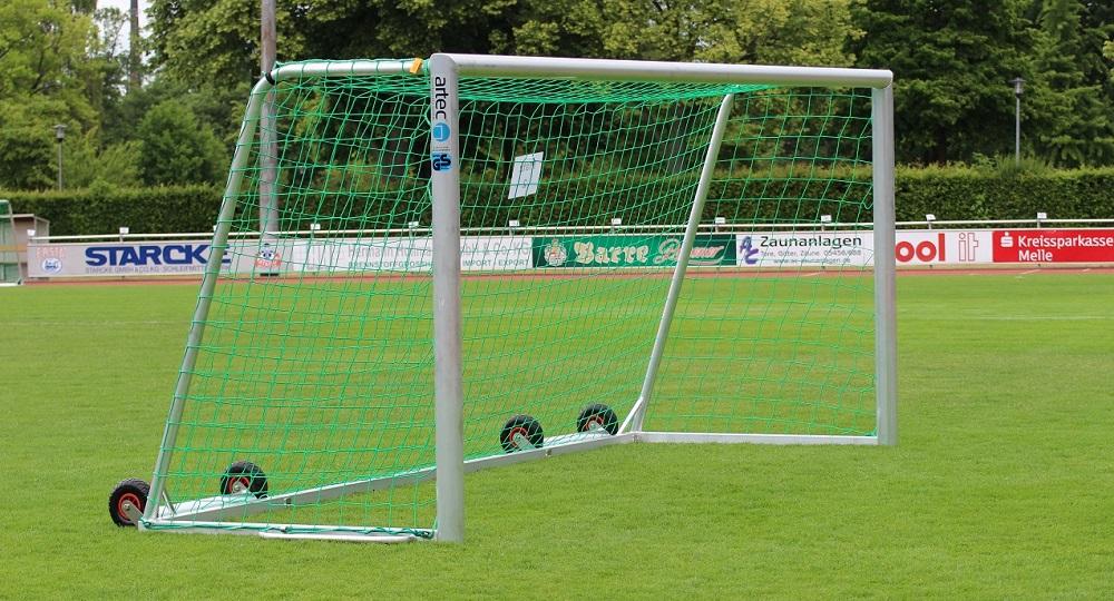 Fußballtor mit Kippschutz bzw. Kippsicherung