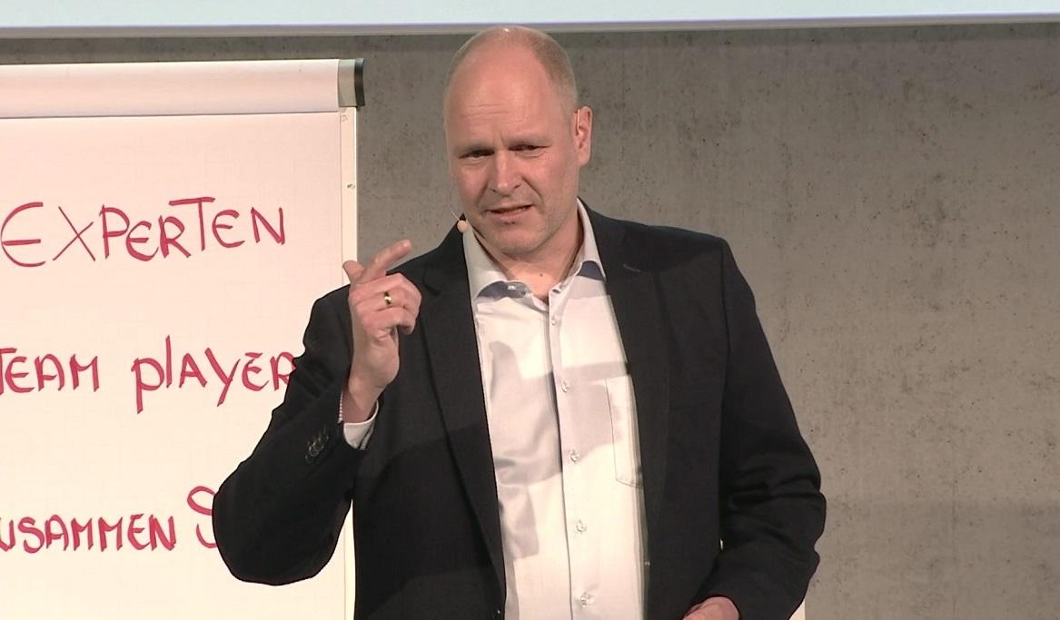 Konsequente Führung mit Managementberater Dr. Holger Schmitz
