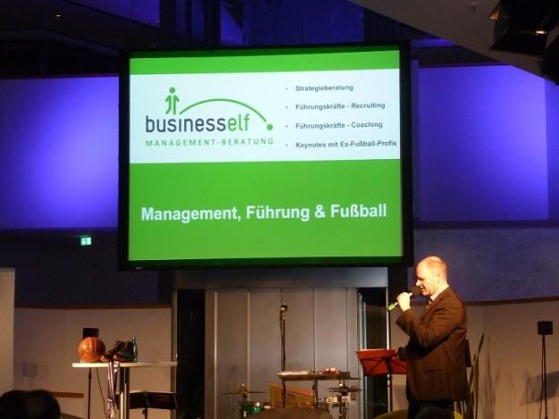 Fußlümmel Lesung mit der business elf - Managementberatung