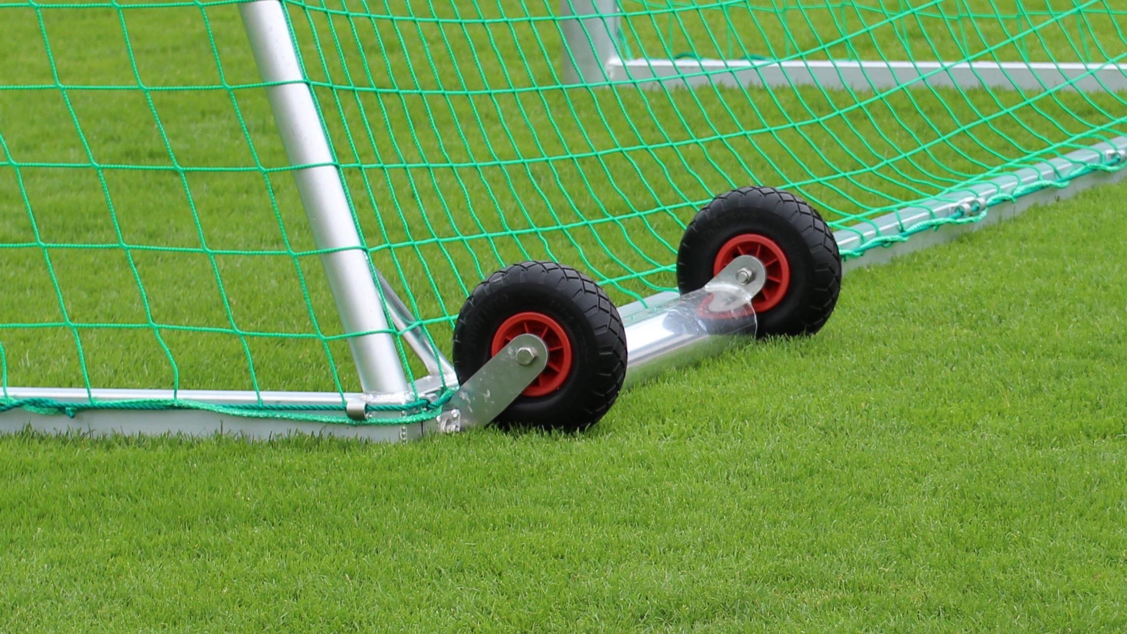 Kippsicherung Fussballtor von artec Sportgeräte