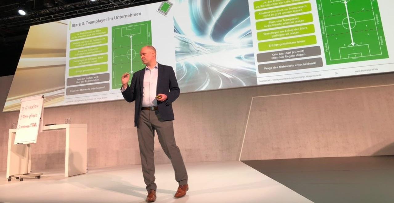 keynote speaker Dr. Holger Schmitz Management Führung Fußball BMW