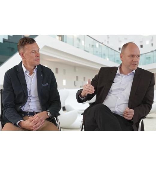 Führungsqualitäten Management Fußball Erik Meijer mit Dr. Holger Schmitz