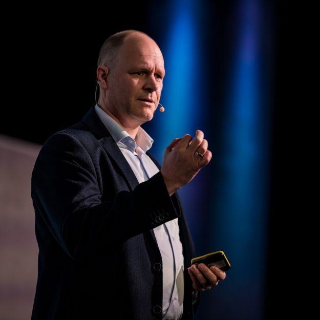 keynote Impulsvortrag Leadership im Unternehmen speaker Dr. Holger Schmitz