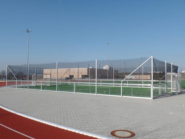 Soccercourts artec de Luxe verglaste Banden mit Glas