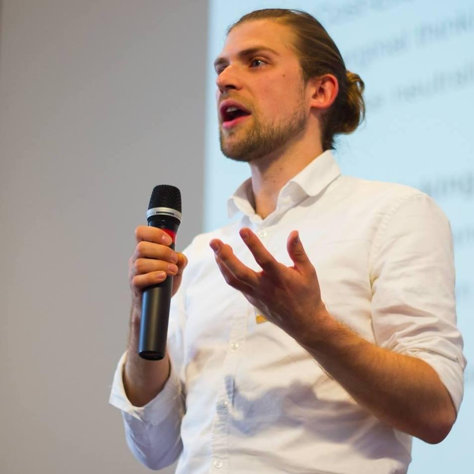 keynote FÜHREN heißt ENTSCHEIDEN speaker Redner Jan Dirk Capelle