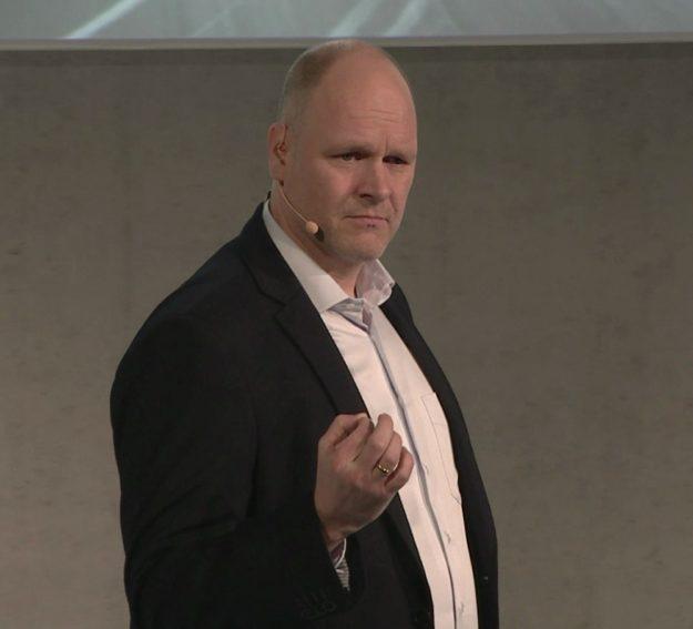 DER Führungsexperte Dr. Holger Schmitz