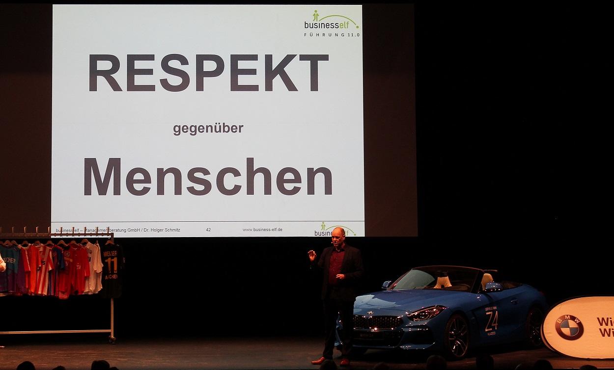 Speaker Dr. Holger Schmitz mit der ARENA DER ZUSAMMENARBEIT