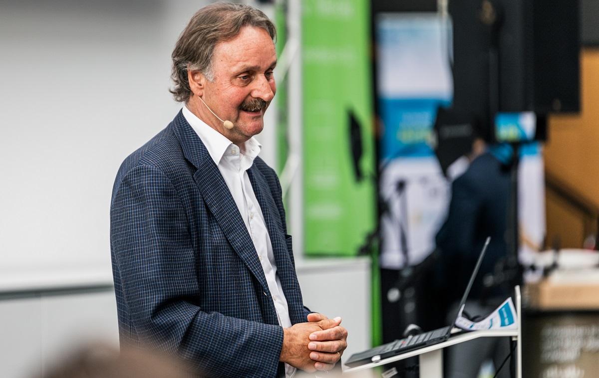Peter Neururer als Keynote Speaker Leadership & Identifikation