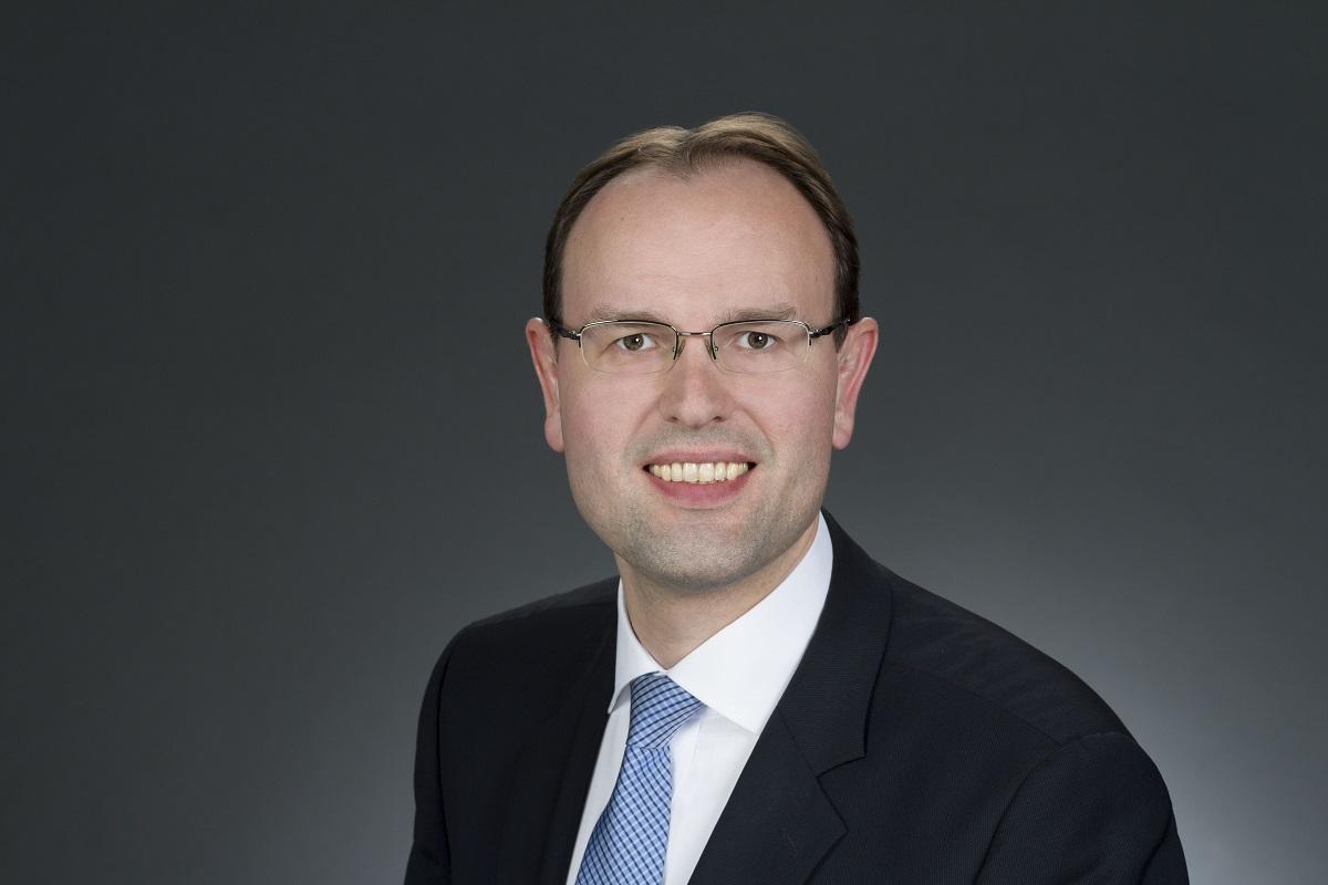 Gerrit Janssen zu Leadership Development mit Dr. Holger Schmitz