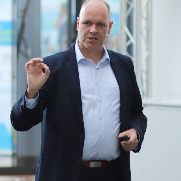Leadership Teamwork und Diversity mit Führungsexperte Dr. Holger Schmitz