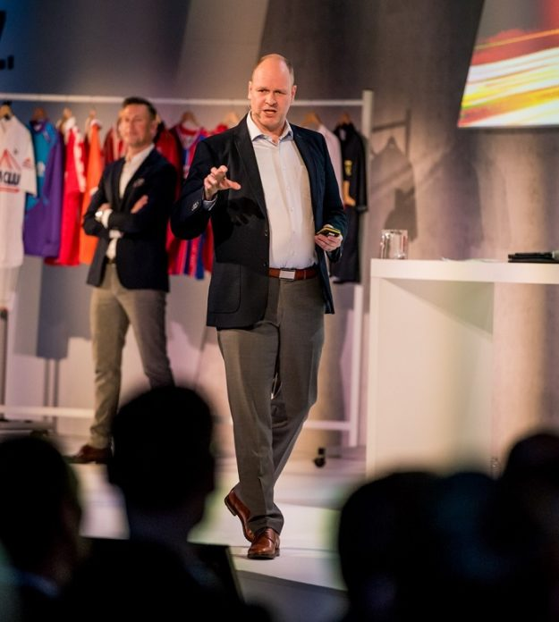 Herausragende Führung mit Leadership Experte Dr. Holger Schmitz